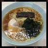 新角 - 料理写真:ラーメン 410円