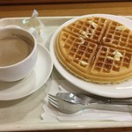 英国屋ノース - プレーンワッフルとコーヒー