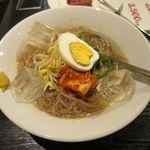 和牛焼肉ど~だ - 料理写真:冷麺