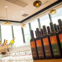 自社で輸入している「ワイン」と「オリーブオイル」