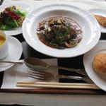 café de campagne - 牛肉の赤ワイン煮(シェフお勧め)