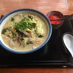 ぎやまん亭 - 料理写真:チャンポン(800円)