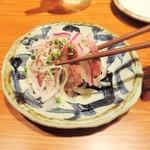 牛たん伊之助 - 料理写真:スモークたんとオニオンスライス 450円