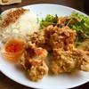 Bubo - 料理写真:鶏のからあげプレート  スイートチリ  カリッとジューシー(*^_^*)