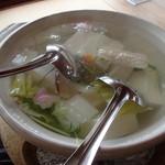 西源院 - 湯豆腐、量が多いぞ