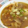 マルハチ - 料理写真:マルハチラーメン  チャーシューは薄め  スープ熱くワイルドでジャンク