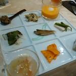 アンジェラ - 9種の前菜盛り合わせ