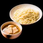 りょう花 - 塩味玉つけ麺 890円(税別)