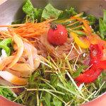 焼肉 白雲台 - 野菜たっぷりのヘルシー冷麺