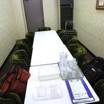喫茶室ルノアール - 2階の会議室。