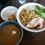 濃厚道場 - 煮干つけ麺+味玉