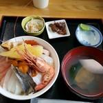 北のにしん屋さん - 羽幌丼(中) 1200円