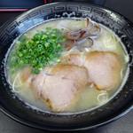 久留米ラーメン 玄竜 - 「豚骨ラーメン」550円