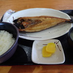 柿崎商店 海鮮工房 - ほっけ定食