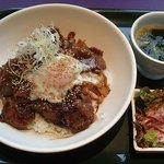 レストラン ムーンライト - 温泉セットランチ焼肉丼 1300円