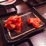 SATO ブリアン - ①キムチとカクテキ