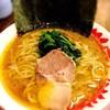 はし友ラーメン - 料理写真:横浜家系ラーメン