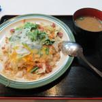 53095649 - 沖縄ちゃんぽん定食(¥650)