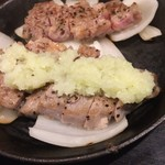 豚ステーキ十一 - わさびおろしで食す!