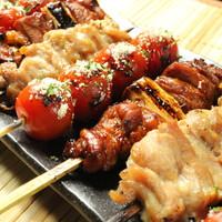 渋谷でブランド地鶏の焼き鳥をはじめとした本格炭火料理を堪能!