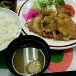 日本交通 - 生姜焼き定食