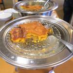 53125340 - リンゴとアーモンドの焼き菓子