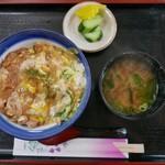麺どころ かとう - 親子丼(800円)