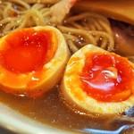 燃えよ 麺助 - 特製金色貝そば(極み味玉)