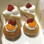 53173641 - デラックスショート¥465 / サバラン¥380( '16.07)