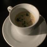 赤坂バル alma alma - ランチスープ コーンスープで甘みもあり濃厚で美味しい