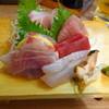 うめはら - 料理写真:地魚刺身盛合わせ 独身