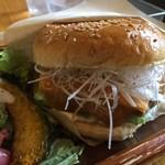 サンバーガー - 料理写真:白味噌チーズバーガー