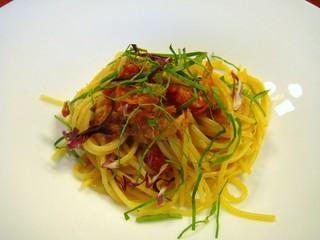 白金甚夢迎賓館 - ズワイガニとセミドライトマトのスパゲティー