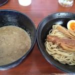 つけ麺 鉄餃子 多聞 - 料理写真: