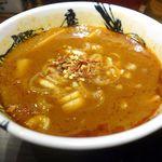 麺屋武蔵 鷹虎 - 辛そうに見えるつけ麺のタレは
