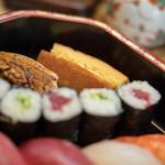 都寿司 - 鶏卵焼(かひごやき)