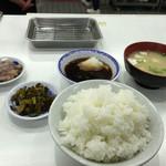 天ぷらのひらお - ご飯・味噌汁 セット完了