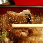 美味鰻彩 うな次郎 - 料理写真:大阪鰻のカリカリ食感!まいうー( ̄∇ ̄)
