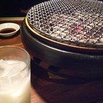 焼肉ひび屋 - 炭