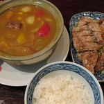 廣東飯店 - 夏の中華カレーフェア:たっぷり野菜とパイコーのカレー(¥1800税別)。