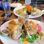 53348535 - 美桜鶏もも肉のコンフィー サラダ仕立て1,600円+税