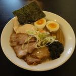 麺道 しゅはり - 潮ラーメンチャーシュー3枚味玉付き1050円(税込)
