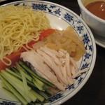 重慶茶樓 - 棒々鶏冷麺