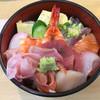 幸寿司 - 料理写真:ランチ海鮮丼…850円