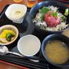 伊豆中ばんばん食堂 - 料理写真:本マグロ中落ちしらす丼