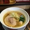 らーめん 吉田商店 - 料理写真:鶏だし塩らーめん650。
