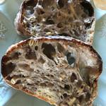 ブーランジェリーラフィ - 栗と雑穀のパン