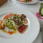 レストラン タガミ - 料理写真:サラダグルマン