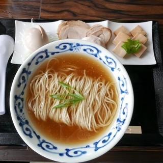 桜木製麺所 - 料理写真:【特製醤油中華…880円】♫2016/7