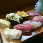 末広寿司 - 料理写真:にぎり